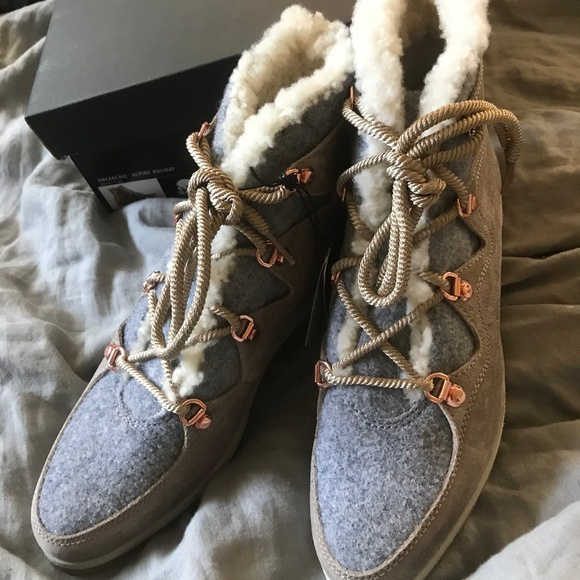 15fda87d7ff Sorel Shoes | Nwt Sneakchic Alpine Holiday Boots | Poshmark